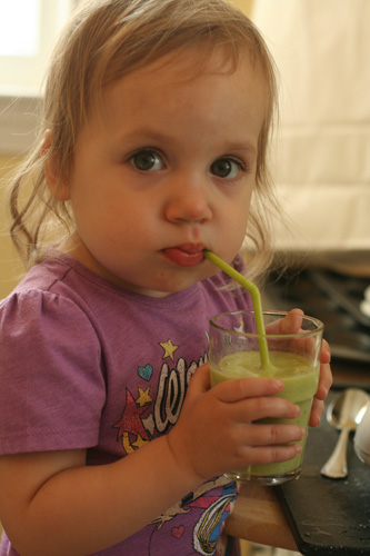 st. patrick's day green smoothie