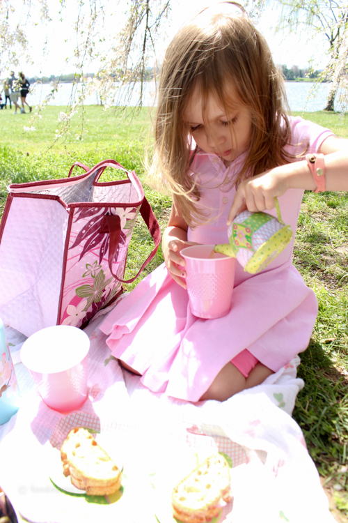 pink tea party picnic | foodietots.com