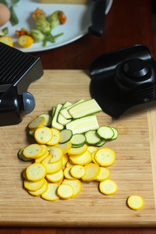 slicing zucchini | foodietots.com